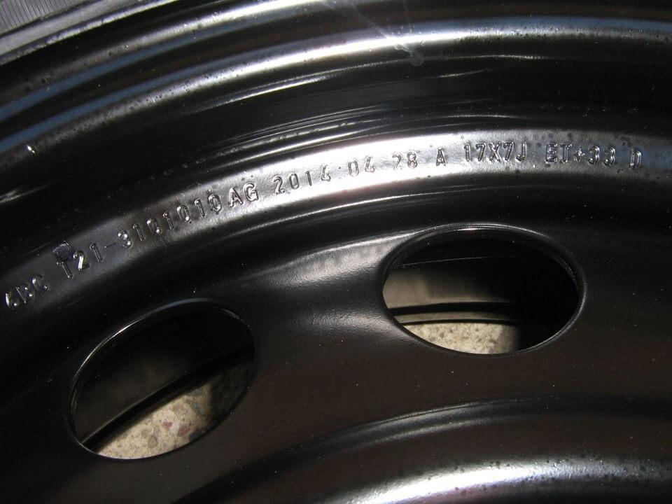 фото маркировки на стальном диске
